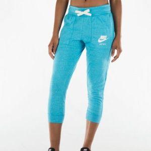 NWT NIKE Vintage Gym Capri Joggers in Blue Sz L